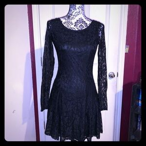 H&M black lace dress scoop neck